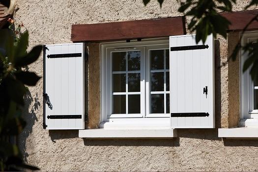 photos des volets battants aluminium art et fen tres atoubaie. Black Bedroom Furniture Sets. Home Design Ideas